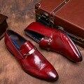 Estilo italiano real padrão de Avestruz couro de grão genuíno sapatos mens flats negócios vestido casual homens apontou sapato toe