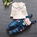 Детская одежда хлопка свободного покроя детская одежда установить длинный рукав мультфильм + джинсы 2 шт. девушки комплектов одежды весна детская одежда