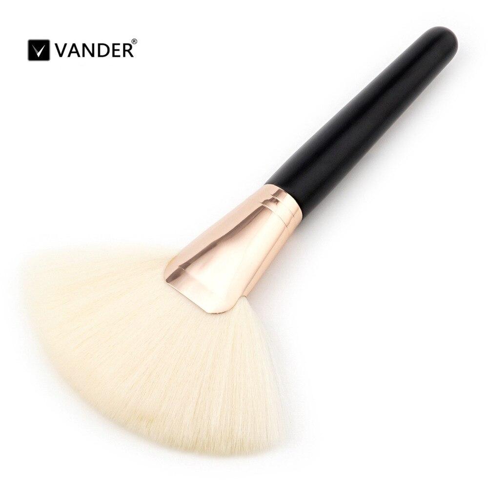 1 Single Black Wood White Hair Makeup Brush Fashionable Foundation