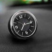 fce985e3b6949 سيارة ساعة الكوارتز الرقمية مضيئة ووتش ل وحة سيارة الهواء تنفيس السيارات  الديكور ليلة ضوء ساعة التوقيت العالمي السيارات