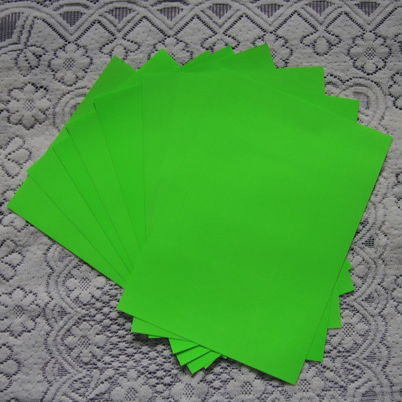 (A4*8pcs) Neon Green PU Vinyl Heat Transfer Vinyl For Clothing T Shirt Vinyl Plotter Iron On Vinyl Textil Heat Press NGR614