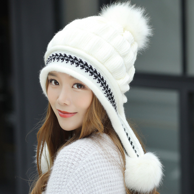 df72bd87195b18 2018 Winter New Brand Big Fur Pom Poms Ball Winter Hat Women Beanie Fashion  Cute Girl
