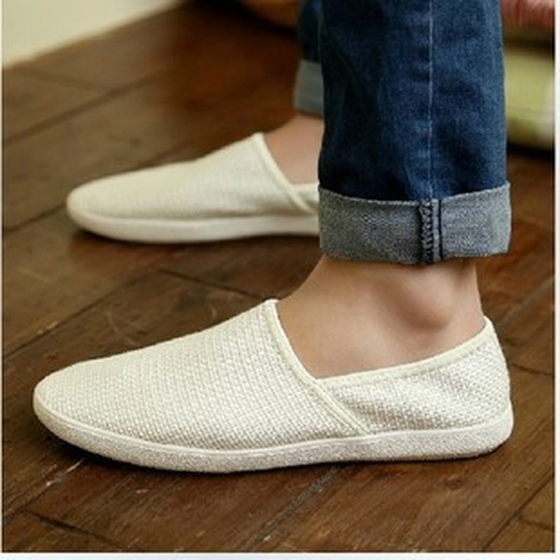 Men Casual Shoes Summer Breathable Male Fashion Weaving Soft Shoes Slip on Mesh Man Flat Casual Sneakers-in Men's Casual Shoes from Shoes