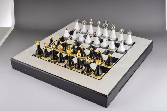 Top Quality Mental Chess Set Exquisite Furniture Decoration Chess Set With  Unfoldable Chess Board Nice Gift For Friend