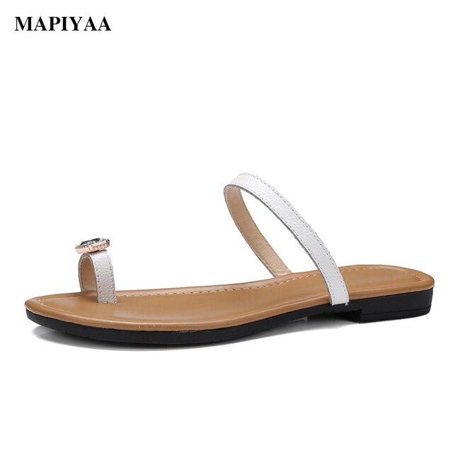 35f556465481 New 2017 women flip flops Beach sandals fashion Bling slippers summer women  Ventilation flats shoes woman flat sandals FX7021B