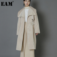 [EAM] Высокое качество 2018 осень зима одноцветное Цвет большой отложной воротник широкий пояс средней длины хлопок пальто мода новый Для женщи