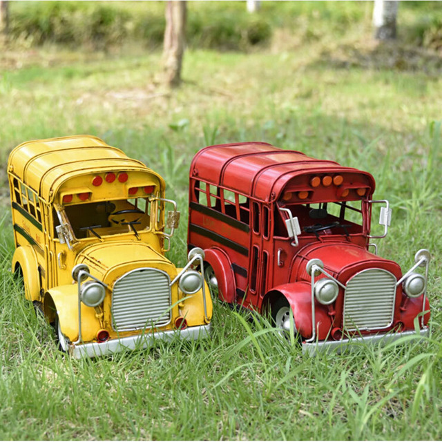 Retro Diecast Model School Bus Metal Manual Collection Toys