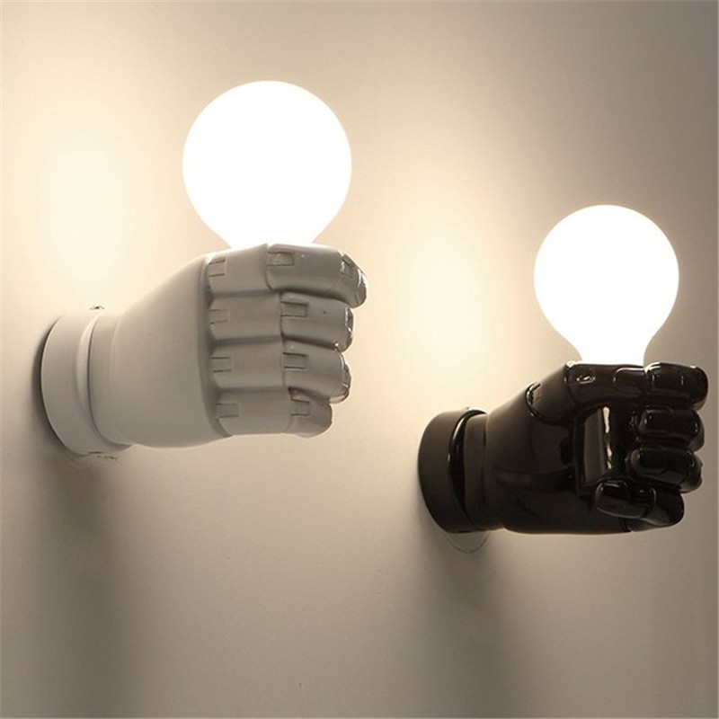 Modern Novelty Fist Led Wall Lamp Lustre Painted White Black Resin Led Wall Light Hand Hold Shape Wall Lighting Fixture