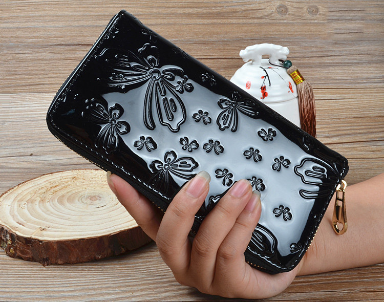 Fashion original exclusive new wallet embossed surface butterfly Large Zip Clutch card bit more casual Women Wallet Purse Long
