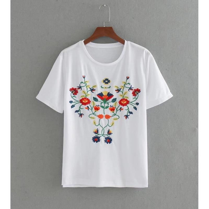 New fashion elegant flower embroidery short sleeve t