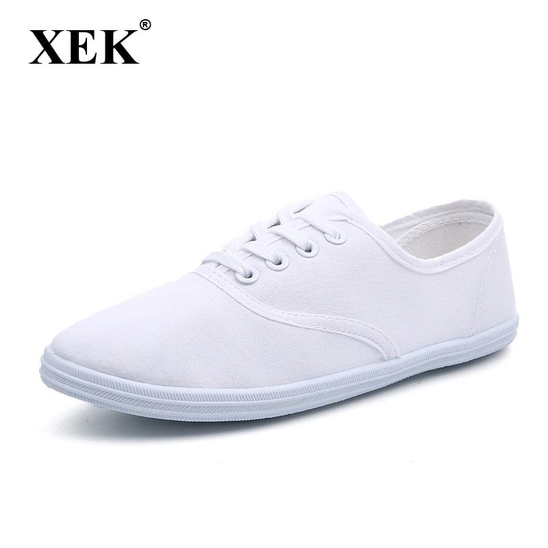 New 2017 women canvas shoes breathable fashion brand women flat shoes woman white shoes plus size 35-42