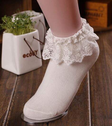 1pair/lot free shipping Fashionable Lovely Cute Fashion Women Vintage Lace cotton Ankle Socks Lady Princess short socks