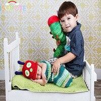 ISOCUTE Renkli Hayvan Yenidoğan Bebek Fotoğraf Dikmeler El Yapımı Tığ Caterpillar Kostüm Sevimli Bebek Şapka + Uyku Tulumu 0-6 M