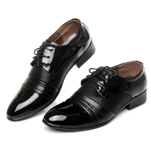 De alta Calidad de Los Hombres Zapatos de Estilo Británico de Los Hombres de La Boda Vestido de Zapatos de Cuero Marrón Negro En Punta con Cordones de Negocios Oxfords Casual zapatos 8