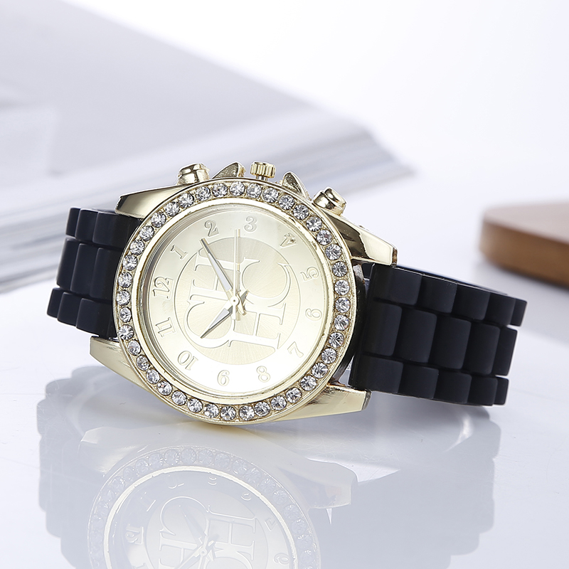 New Top Brand Gold Crystal Casual Quartz Watch Women Sports Silicone Strap Dress Watches Relogio Feminino Ladies Wrist Watch Hot hot relogio feminin silicone strap unisex men women quartz analog wrist watch women ladies lovers black white watches wholesale