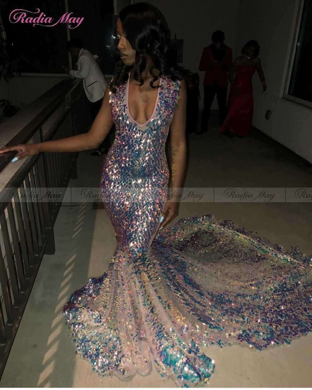 c2a20cd5 ... Sparkly Sequined V-Neck Mermaid Prom Dresses for Black Girls 2019  Luxury Royal Long Train ...