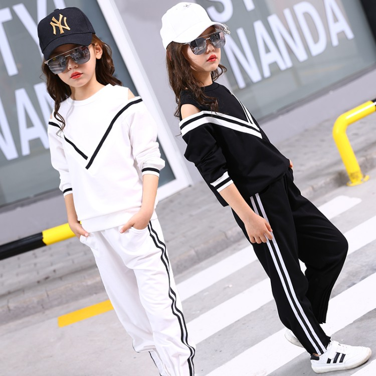 New hot 2018 Children Clothing Sets For Girls Sport Clothes Navy Style Girls Sports Suits Teenage Kids Tracksuits Sportswear