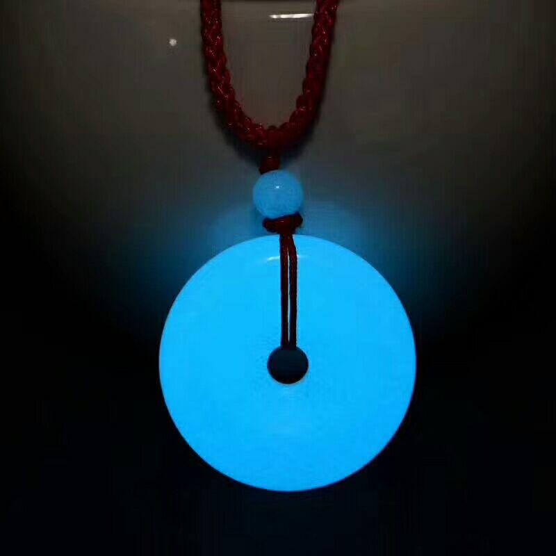 Оптовая продажа ночь светлого камня Подвески безопасной пряжкой кулон Цепочки и ожерелья цепь свитера лаки для Для женщин любителей Криста...