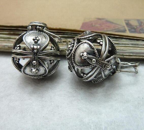 2 pcs a lot 21 25mm de prata antigo de prata bola elf caixa de desejos  encantos pulseira pingente de colar diy resultados da jóia acessórios e5bcbd12280