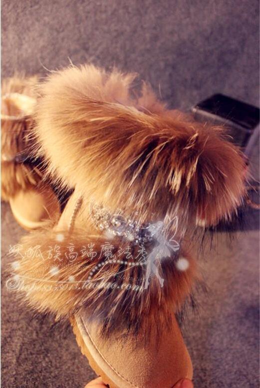Original winter luxury European and American version of fur raccoon fur leather snow shoes womens boots flat bottom tube Original winter luxury European and American version of fur raccoon fur leather snow shoes womens boots flat bottom tube