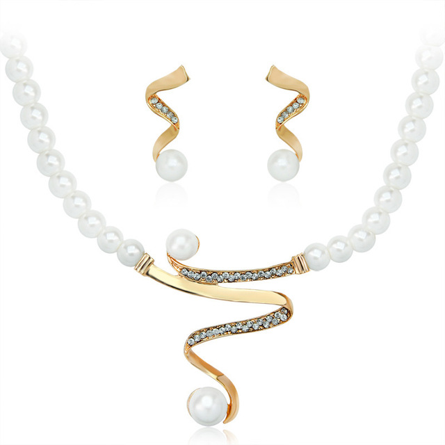 Pearl Gold Plated Bridal Jewelry Set