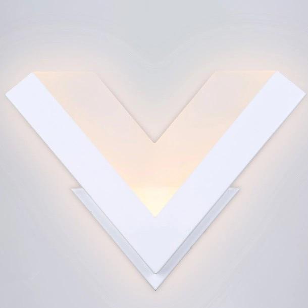 ФОТО Modern 8W led wall Light V shape lighting Lamp white metal acryl bedside lamp warm white stair light wall mounted led wall lamp