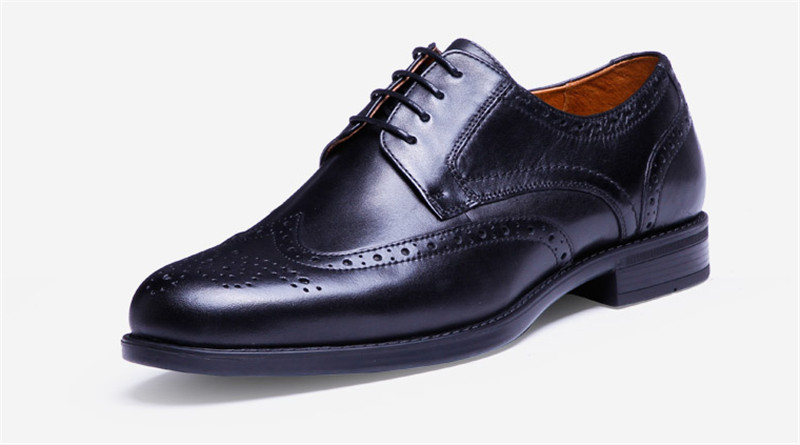 ФОТО Men Dress Shoes Genuine Leather 2017 Fashion Men's Oxford Shoes Leather Brogue Shoe Lace-up Plus Size  Free shipping