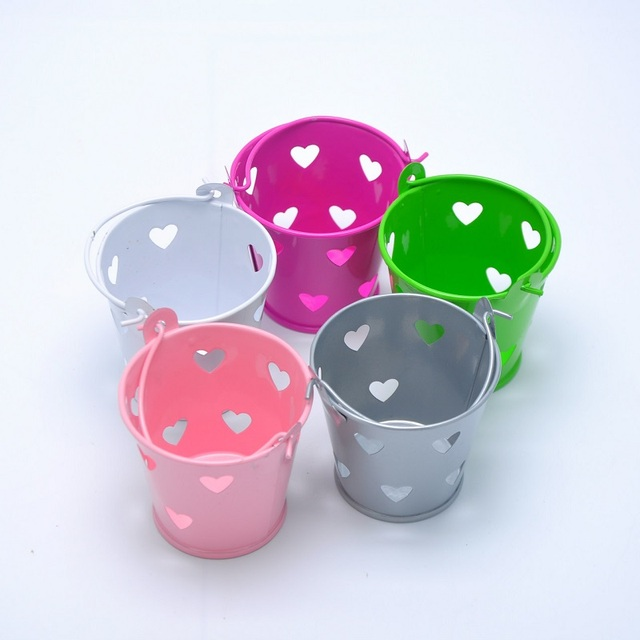 200pcs heart hollow out tin pails heart mini tins favors wedding