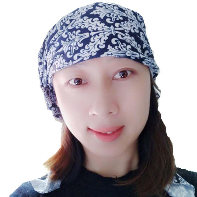 0c49f4cba0b 2018 New Women Floral Turban Hat India Cap Hairnet Muslims Chemo Cap Flower  Fold Beanies Chemotherapy
