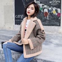 New Lamb Cashmere Coats Women Fur Plaid Coat Casual Outerwear Tweed Winter