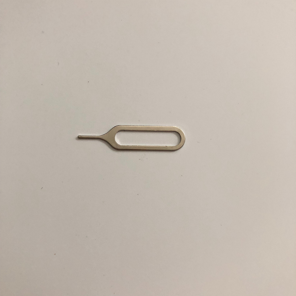 Used SIM Card Eject Pin Handling Needle For OUKITEL U20 Plus MTK6737 Quad Core 5.5 Inch 1920x1080 FHD Free Shipping
