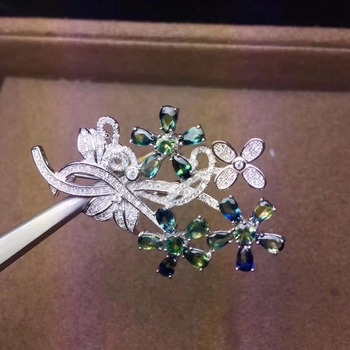 The latest design, 925 silver natural sapphire brooch, plum branch, like a woman brooch