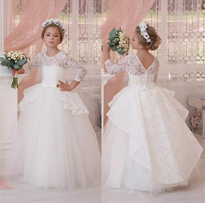 2017 Cute 34 Long Sleeves Flower Girls Dresses With Bow For Weddings Jewel Lace Tulle Pageant Dress For Girls Party Ball Gown