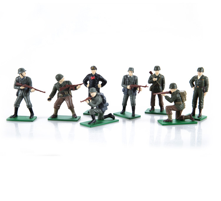 1/32 (Marshal Rommel, General Patton) Out of Print World War II Metal Soldier Series