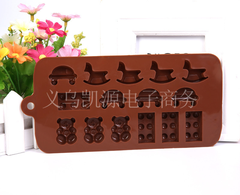 15 Hole Wooden Horse Car Toy and Bear Chocolate Candy Silicone Decorating Tools Mold or Ice Cube Tray in Baking Pastry Tools from Home Garden
