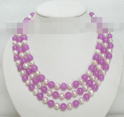 1665 Chaîne violet jade blanc perles collier