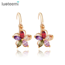 LUOTEEMI Free Shipping Champagne Gold Plated Multicolor Cubic Zirconia Paved Small Elegant Flower Pendant Drop Earrings Women
