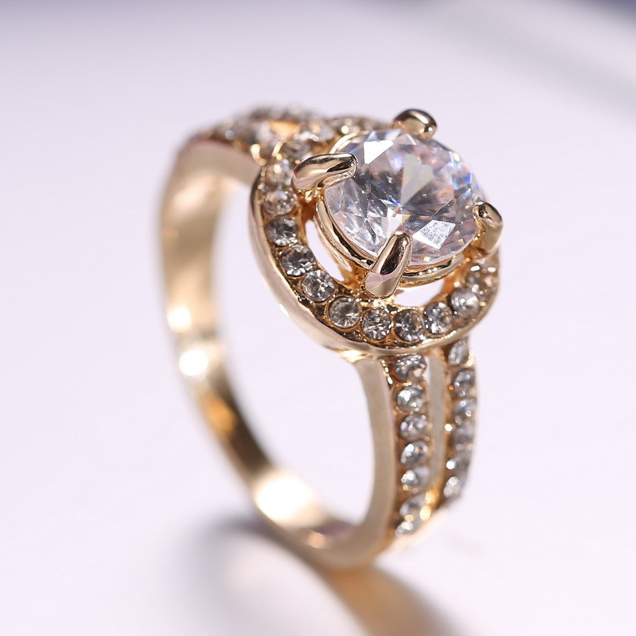 women gold Ring for Bride wedding Crystal Ring Engagement Ring Girl(China)