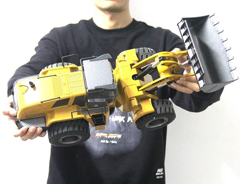 Gros RC camion passe-temps Bulldozer alliage camion télécommande jouets pour garçons Autos Rc hydraulique hors route Construction Rc jouets Huina 583