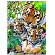 3d diy Diamond Painting cross stitch Needlework  Embroidery tiger family kits round mosaic Patterns animal