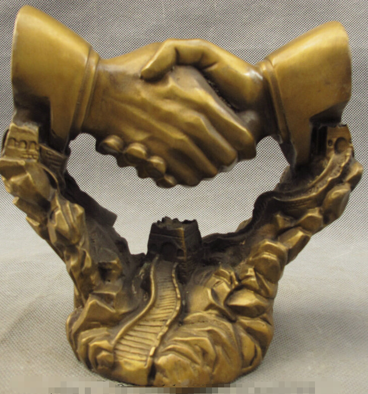 China Bronze Cooperate Symbiosis Success Shake Hands Clasp On Great Wall Statue|clasp|clasp bronze|  - title=
