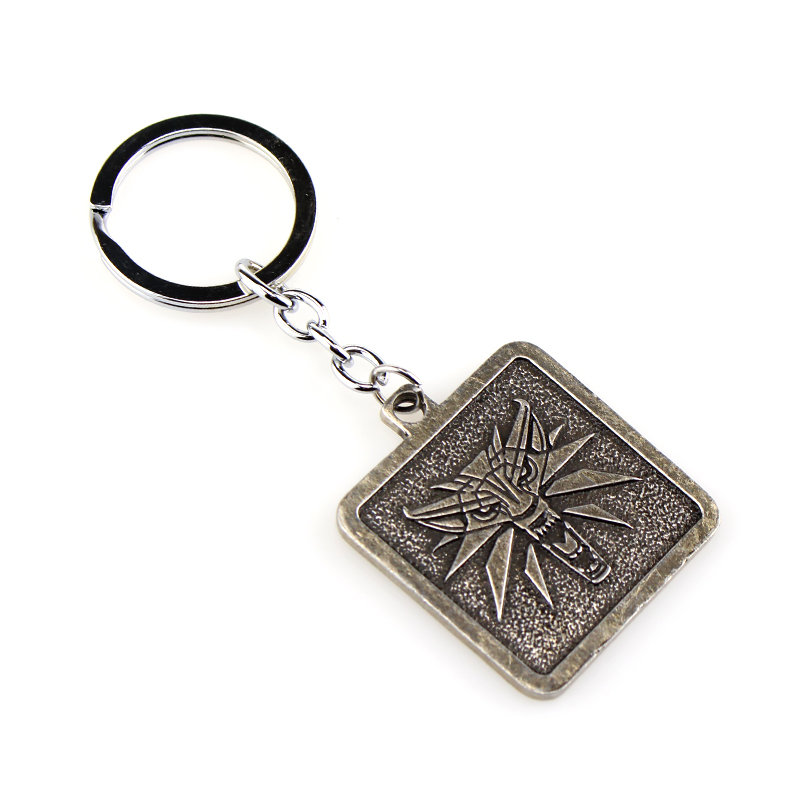 Game The Witcher Wolf Head Medallion Keychain Men Jewelry Key Ring Holder Fashion Car Bag Chaveiro Key Chain