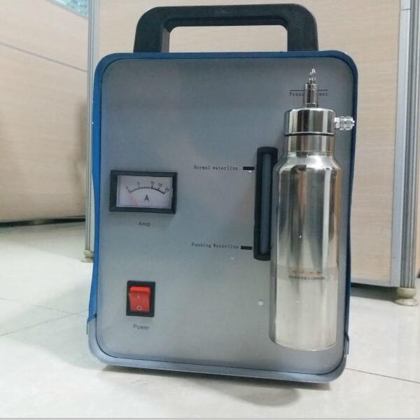 Collegare serbatoio di ossigeno portatile