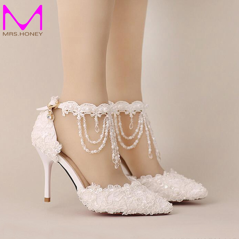 ФОТО New Summer White Pearl Crystal Lace Bridal Shoes Beautiful Ankle Strap Wedding Shoes White And Red Color Pointed Toe Prom Shoes