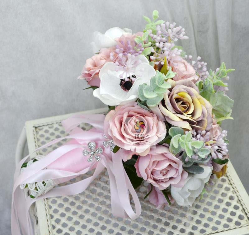 Handmade Wedding Floral Bridal Bouquet Bride Bouquet Artificial Flowers Women Hand Holding Flower Home Table Decorative Flowers