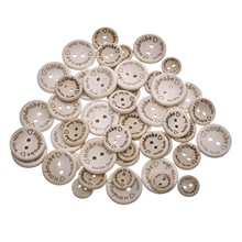50Pcs New Fashion Buttons Round Wood 2 Holes Carved Handmade Sewing Scrapbook 15mm