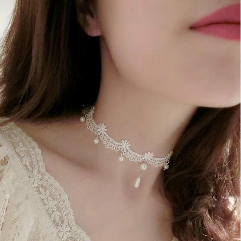 Collier Ras de Cou Dentelle Lace Necklace