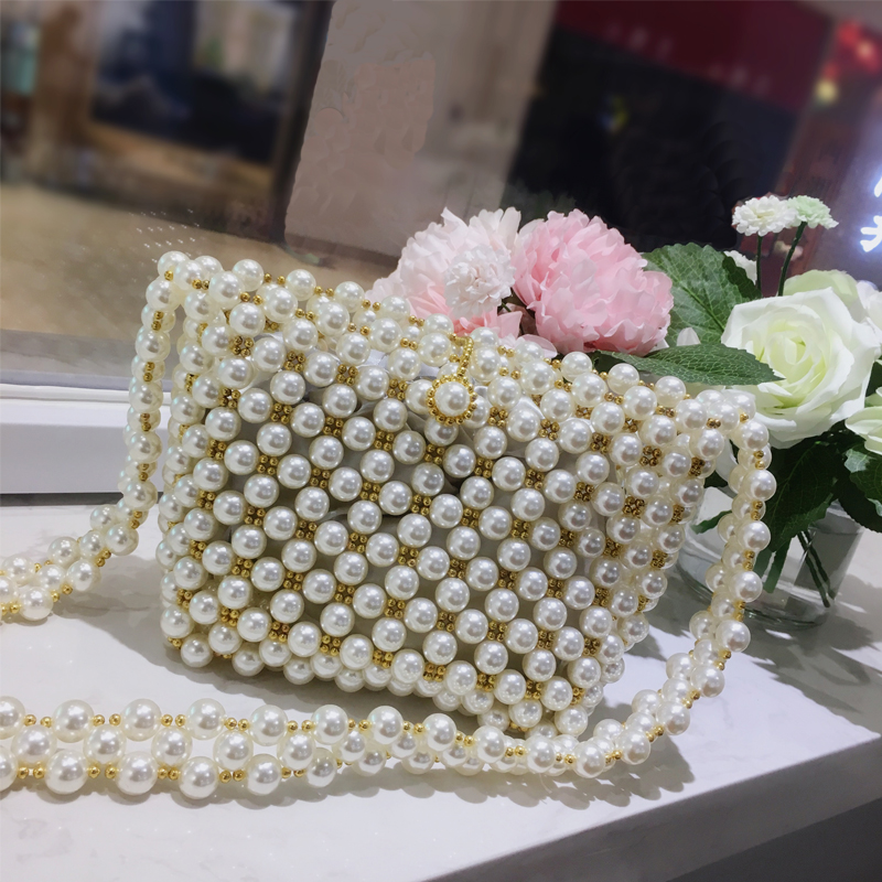 Beading Pearls Bags For Women 2018 Fashion Hollow Women Shoulder Bag Handmade Pearls Design Messenger Bag Girls Crossbody Bags