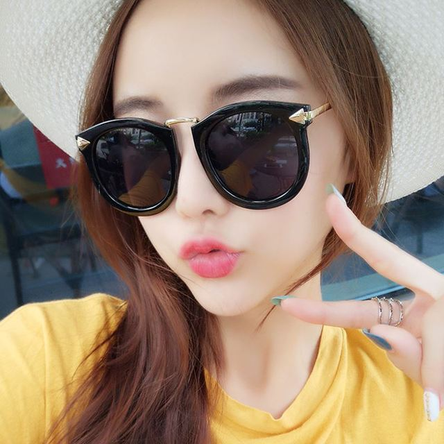ee4f93c12d3 2018 New Fashion Brand Design Retro Style Women sunglasses
