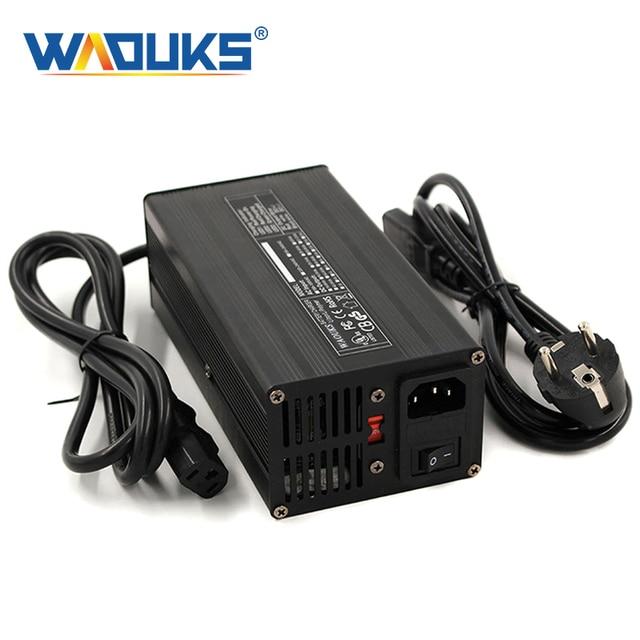 Chargeur 54.6V 6A chargeur de batterie Li ion 54.6V pour batterie 10S 48V Lipo/LiMn2O4/LiCoO2 charge rapide entièrement automatique
